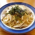 マナ - スパゲッティー(和風きのこ 醤油味)