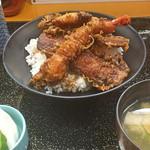天ぷら 筧 - 天丼(海老、魚、小海老のかき揚げ、さつまいも、かぼちゃ)味噌汁、お新香
