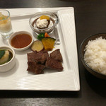 47265200 - 近江牛サイコロステーキ