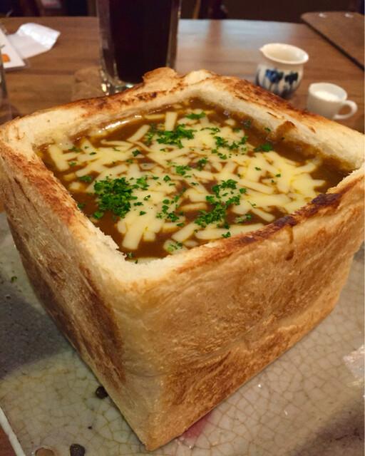 カフェ 呂久呂 - カレージャンボチーズトースト