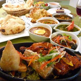 *バイキングもやってます♪本格インド料理をご堪能下さい*
