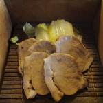 47280508 - 「神楽」の岩中豚と野菜のせいろ蒸し