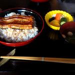 高はし - 料理写真:鰻丼1814円