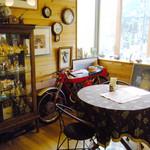 ダヤンカフェ - お店の中