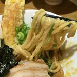 47286705 - 和え麺はあつ盛り麺にタマゴ絡みまくり♡