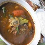 ネパールカレースーリヤ - 料理写真:マトンスープカレー(930円 ランチ価格)