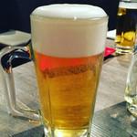 ホルモン焼肉 びっくりや - やっぱり生ビール