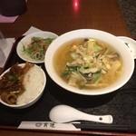 47301321 - 豚野菜タンメンと生姜焼丼のセット。                       旨し。