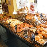 ル・クロワッサン - 焼きたてのパンがいっぱい♪