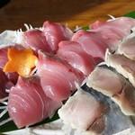 魚作 - ワラサ刺身と〆鯖w