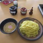 ボローニャ・吉虎 - 吉虎 鶏白湯つけ麺(麺固め)