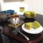 牛島製茶 和cafe Leaf Heart - 八女伝統本玉露バームクーヘン