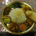 Nepali Restaurant YETI - ネパリカジャセット
