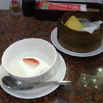 ムーラン - 杏仁豆腐、マーラーカオ