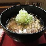 肉そば家 笑梟 - 冷たい肉蕎麦 680円