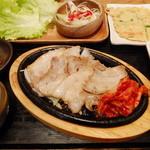 韓美膳 - 三元豚サムギョプサルセット