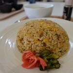47330522 - 炒飯(ワンタンスープとのセットで850円)