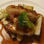 モンペール - 道産豚ロース肉のソテー マデラ酒ソース