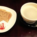ポレポレ - 食後のデザートとコーヒー