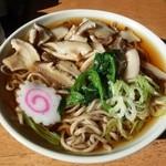 三峰神社正参道の茶店 大島屋 - しいたけそば750円