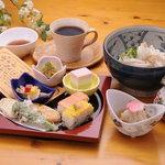 花あかり - 料理写真:ランチメニューつばき(うどん温・冷) 980円
