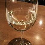 ワイガヤ - グラス白ワイン