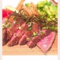 ゴールデンバーガー - とろける美味しさ黒毛和牛。A4〜A5の希少部位をどうぞ。