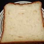 カントリー - 料理写真:カントリー食パン(1斤360円)