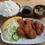 黒川食堂 - 黒川食堂(岡山県岡山市北区奉還町)若鶏・大700円