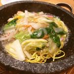 喜神菜館 - 石焼あんかけ焼きそば830円