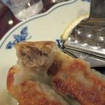 中華楼 - 餃子の餡、ちと上品