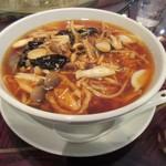 中華楼 - 山菇湯麺