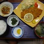 イタリアン×和食 Luce - とんかつ定食 800円