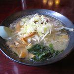 ラーメンレストラン花の館 - 塩ラーメン(750円)