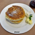 サニー ストア&カフェ - SUNNYオリジナルパンケーキ