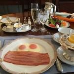 ホテルヨーロッパ - 朝食のフライエッグ