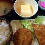 奉天軒 - アジフライとメンチカツの定食