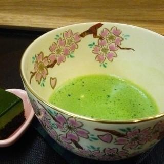 緑茶専門店ならでは!茶葉を使用したドリンク★