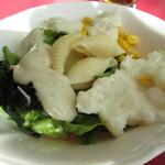 ラ・ベルデ - サラダの1例。