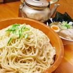 つけ麺 おんのじ - 【麺オケ盛】20分で完食したら豪華景品進呈中!