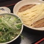 47375908 - 美湯豚汁うどん(細打ちうどん)