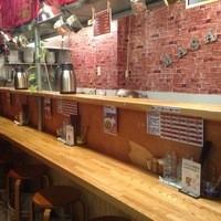 汁なし担々麺 麻沙羅/まさら - 店内