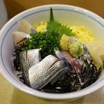 鮨義 - 料理写真:光物丼