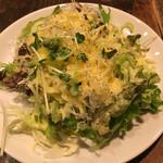 BARRIO - サラダのボリュームが嬉しい