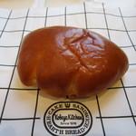 神戸屋フォーニル - クリームパン 160円