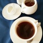 パーネ・エ・トラットリア リピエーニ - コースのコーヒー
