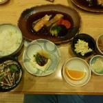 47387858 - 煮魚定食