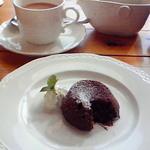 ラ・ポルタ - 2008/12 ランチドルチェのビスキーショコラとホットコーヒー