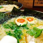岩本屋 - 塩ラーメン ¥760-◥█◤ 煮卵トッピング