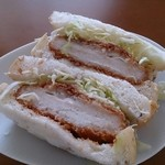 リトルマーメイド - ライ麦パンのカツサンド  313円